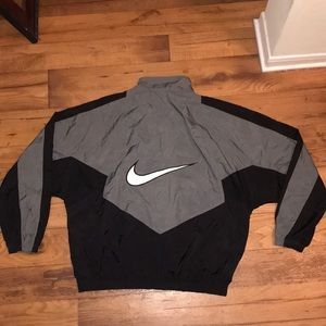 VINTAGE BIG SWOOSH NIKE WINDBREAKER